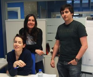 Alejandra Apraiz, Maite Gorordo y Jon Ander Romero forman parte del equipo de Plandechicas.com