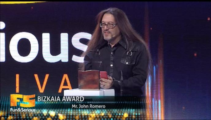 John Romero recibe en Bilbao el Premio Titanium a toda su carrera profesional